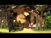 Маша и Медведь - Позвони мне, позвони! (Маша играет в Pokemon Go!)